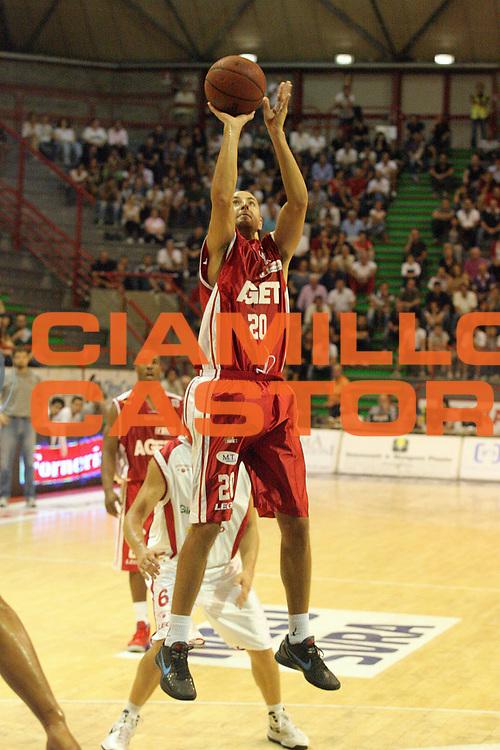 DESCRIZIONE : Pistoia Lega A2 2012-13 Giorgio Tesi Group Pistoia Aget Imola<br /> GIOCATORE : Zanelli Fabio<br /> SQUADRA : Aget Imola<br /> EVENTO : Coppa Italia Lega A2 2012-2013<br /> GARA : Giorgio Tesi Group Pistoia Aget Imola<br /> DATA : 30/09/2012<br /> CATEGORIA : Tiro<br /> SPORT : Pallacanestro<br /> AUTORE : Agenzia Ciamillo-Castoria/Stefano D'Errico<br /> Galleria : Lega Basket A2 2011-2012 <br /> Fotonotizia : Pistoia Coppa Italia Lega A2 2011-2012 Giorgio Tesi Group Pistoia Aget Imola<br /> Predefinita :