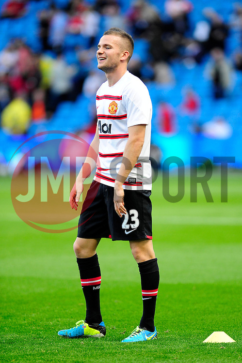 Manchester United's Tom Cleverley - Photo mandatory by-line: Dougie Allward/JMP - Tel: Mobile: 07966 386802 22/09/2013 - SPORT - FOOTBALL - City of Manchester Stadium - Manchester - Manchester City V Manchester United - Barclays Premier League