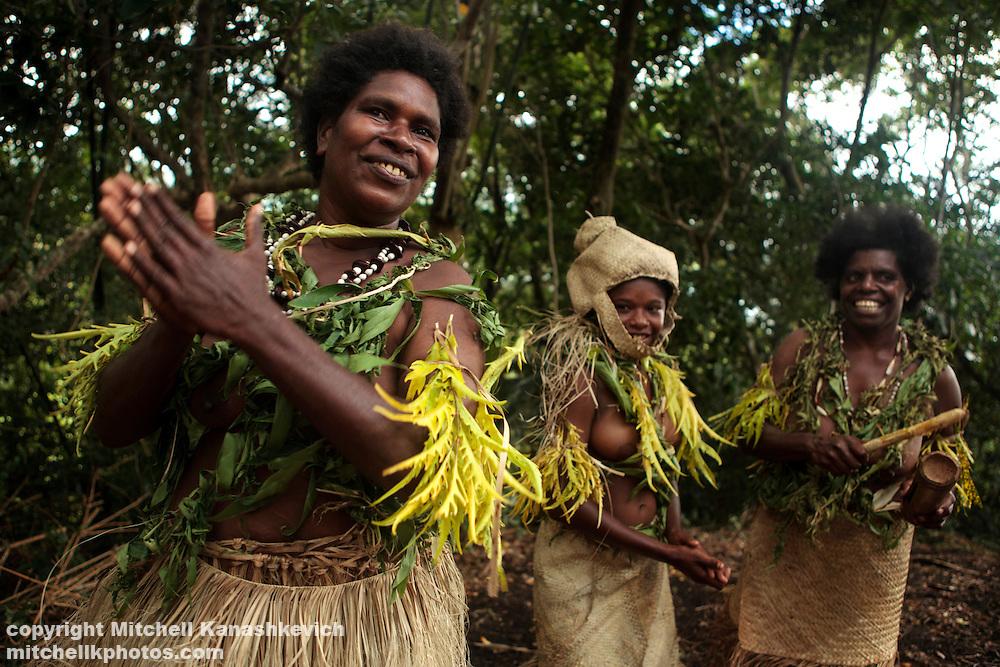 Women's kastom/traditional dance in South West Bay, Malekula