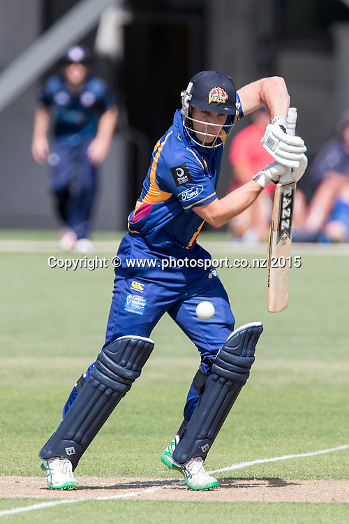 Volts` Iain Robertson bats in the Auckland Aces v Otago Volts, One Day Ford Trophy Cricket Match, Eden Park, Auckland, New Zealand, Friday, January 02, 2015. Photo: David Rowland/Photosport