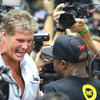 LAS VEGAS, NV - APRIL 14: Actor David Hasselhoff (L) laughs with WBC/WBA welterweight champion Floyd Mayweather Jr. at the Mayweather Boxing Club on April 14, 2015 in Las Vegas, Nevada. Mayweather will face WBO welterweight champion Manny Pacquiao in a unification bout on May 2, 2015 in Las Vegas.  (Photo by Alex Menendez/Getty Images) *** Local Caption *** David Hasselhoff, Floyd Mayweather Jr.