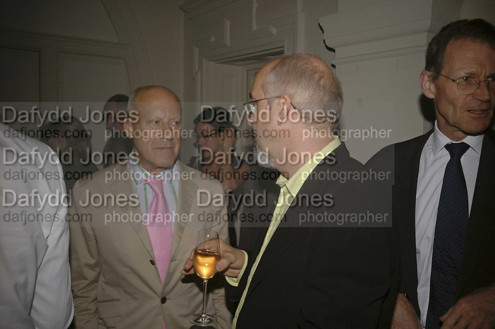 Lord Foster and Bill Viola, VIP opening of Bill Viola exhibition Love/Death: The Tristan project. Haunch of Venison, St Olave's College, Tooley St. London and Dinner afterwards at Banqueting House. Whitehall. 19 June 2006. ONE TIME USE ONLY - DO NOT ARCHIVE  © Copyright Photograph by Dafydd Jones 66 Stockwell Park Rd. London SW9 0DA Tel 020 7733 0108 www.dafjones.com