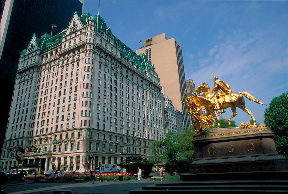 Plaza Hotel, designed by Henry J. Hardenbergh & Thomas Hastings, Cornelius Vanderbilt II, designed by George Browne Post, Manhattan, New York City, New York