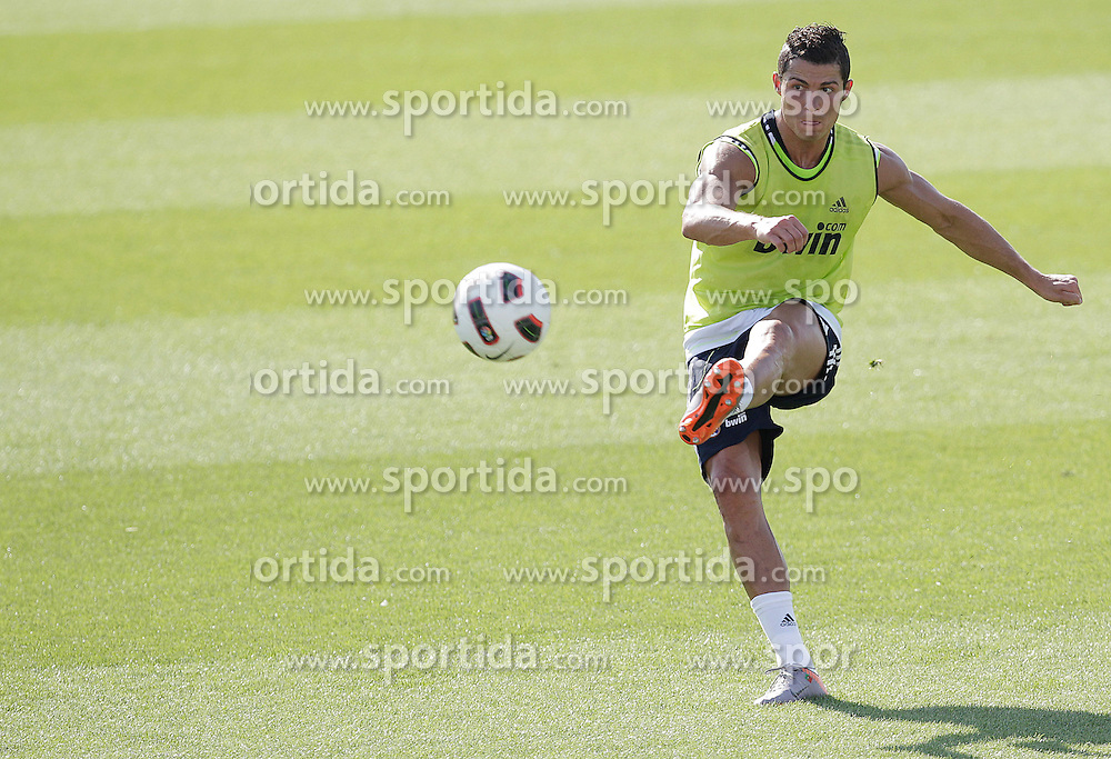 10.08.2010, Valdebebas, Madrid, ESP, Primera Division, Real Madrid Training, im Bild Cristiano Ronaldo. EXPA Pictures © 2010, PhotoCredit: EXPA/ Alterphotos/ Cesar Cebolla +++++ ATTENTION - OUT OF SPAIN +++++. / SPORTIDA PHOTO AGENCY