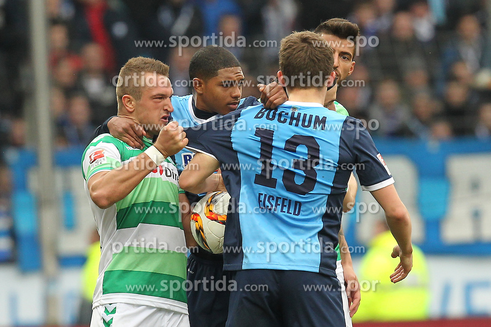 20.03.2016, Rewirpower Stadio, Bochum, GER, 2. FBL, VfL Bochum vs SpVgg Greuther Fuerth, 27. Runde, im Bild Veton Berisha (#19, SpVgg. Greuther Fuerth) packt sich Thomas Eisfeld (#13, VfL Bochum) und Michael Maria (#27, VfL Bochum) schirmt Jurgen Gjasula (#8, SpVgg. Greuther Fuerth) ab // during the 2nd German Bundesliga 27th round match between VfL Bochum and SpVgg Greuther Fuerth at the Rewirpower Stadio in Bochum, Germany on 2016/03/20. EXPA Pictures &copy; 2016, PhotoCredit: EXPA/ Eibner-Pressefoto/ Deutzmann<br /> <br /> *****ATTENTION - OUT of GER*****