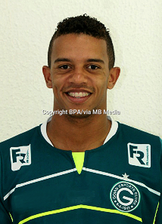 William Matheus Da Silva  ( Goiás Esporte Clube )