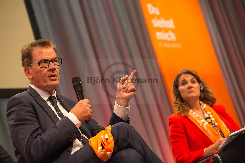 Berlin, Germany - 25.05.2017<br /> <br /> Gerd Mueller, German Federal Minister of Economic Cooperation and Development together with Melinda Gates, American philanthropist and wife of Microsoft founder Bill Gates. German Protestant Church Assembly (&quot;Deutscher Evangelischer Kirchentag&rdquo;) in Berlin. <br /> <br /> Gerd Mueller, Deutscher Entwicklungshilfeminister zusammen mit Melinda Gates,  US-amerikanische Philanthropin und Ehefrau von Microsoft Gruender Bill Gates. Deutscher Evangelischer Kirchentag 2017 in Berlin. <br /> <br /> Photo: Bjoern Kietzmann