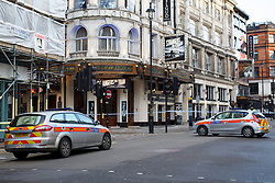 © licensed to London News Pictures. London, UK 26/12/2013. Forensic officers investigating the Avalon club in Shaftesbury Avenue after a man shot dead inside the nightclub at around 3am on Thursday, 26 December 2013. Photo credit: Tolga Akmen/LNP