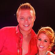NLD/Hilversum/20130202 - 6de liveshow Sterren Dansen op het IJs 2013, Tony Sterretje Wyczynski en schaatspartner Alexandra Murphy