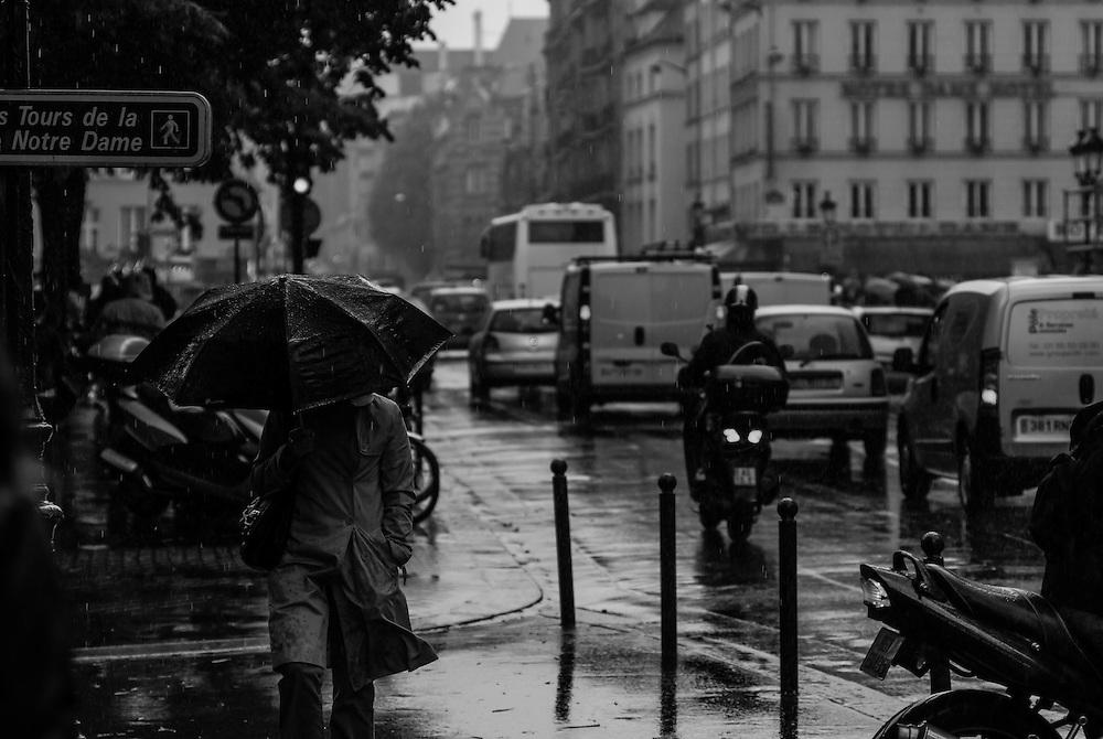 Spring showers in Ile de la Cite, Paris.