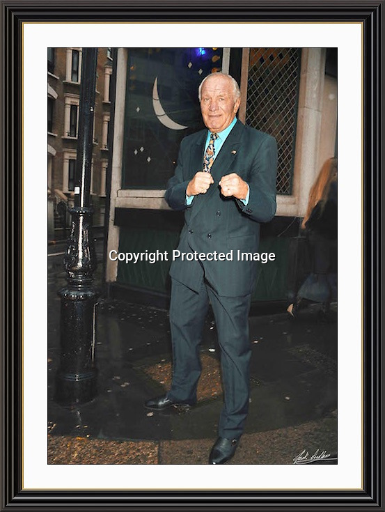 Henry Cooper outside the Ivy 1995 Museum-quality Archival signed Framed Print (Limited Edition of 25)