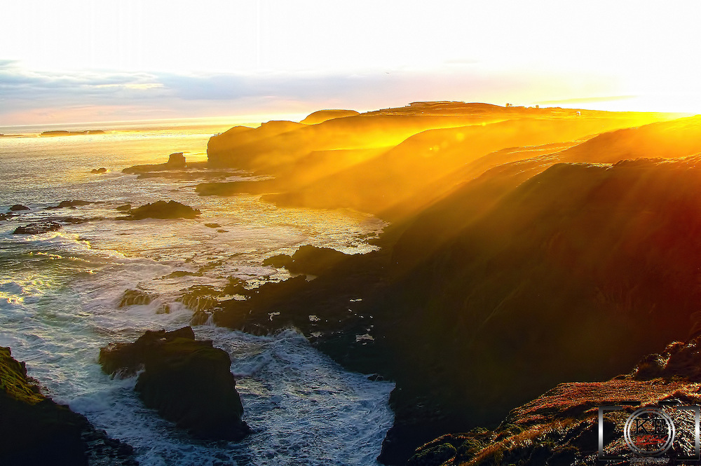 Sunset on Philip Island, to the south of Melbourne, in VIC, Australia.