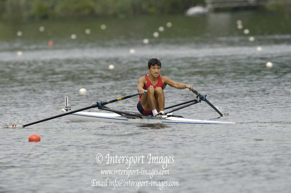 2005 FISA World Cup, Rotsee, Lucerne, SWITZERLAND, 08.07.2005 JPN LM1X Daisaka Takeda, moves away from the start  on the opening day of the final round of the 2005 FISA Rowing World Cup..© Peter Spurrier.  email images@intersport-images..[Mandatory Credit Peter Spurrier/ Intersport Images] Rowing Course, Lake Rottsee, Lucerne, SWITZERLAND.
