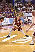 DESCRIZIONE : Venezia Lega A 2014-15 Umana Venezia-Grissin Bon Reggio Emilia  playoff Semifinale gara 5<br /> GIOCATORE :Ruzzier Michele<br /> CATEGORIA : Tecnica<br /> SQUADRA : Umana Venezia<br /> EVENTO : LegaBasket Serie A Beko 2014/2015<br /> GARA : Umana Venezia-Grissin Bon Reggio Emilia playoff Semifinale gara 5<br /> DATA : 07/06/2015 <br /> SPORT : Pallacanestro <br /> AUTORE : Agenzia Ciamillo-Castoria /GiulioCiamillo<br /> Galleria : Lega Basket A 2014-2015 Fotonotizia : Reggio Emilia Lega A 2014-15 Umana Venezia-Grissin Bon Reggio Emilia playoff Semifinale gara 5<br /> Predefinita :
