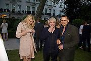 MEREDITH OSTROM; NICK RHODES; GERRY DE VEAUX, Tatler Summer Party. The Hempel. Craven Hill Gdns. London. 25 June 2008 *** Local Caption *** -DO NOT ARCHIVE-© Copyright Photograph by Dafydd Jones. 248 Clapham Rd. London SW9 0PZ. Tel 0207 820 0771. www.dafjones.com.