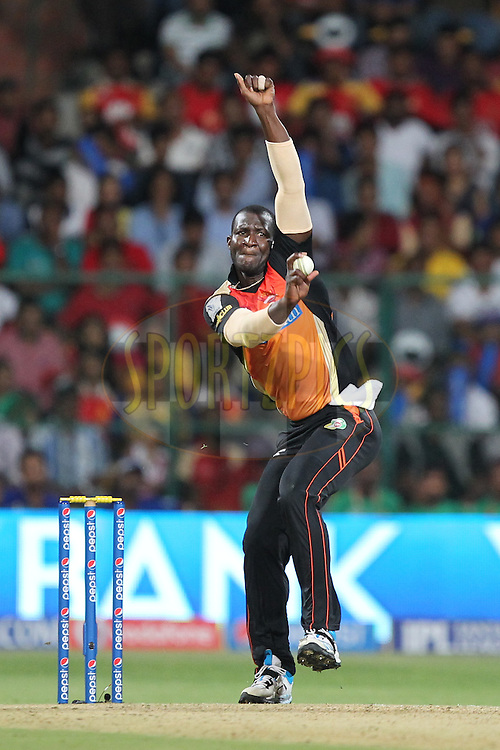 Darren Sammy of the Sunrisers Hyderabad bowls during match 24 of the Pepsi Indian Premier League Season 2014 between the Royal Challengers Bangalore and the Sunrisers Hyderabad held at the M. Chinnaswamy Stadium, Bangalore, India on the 4th May  2014Photo by Prashant Bhoot / IPL / SPORTZPICSImage use subject to terms and conditions which can be found here:  http://sportzpics.photoshelter.com/gallery/Pepsi-IPL-Image-terms-and-conditions/G00004VW1IVJ.gB0/C0000TScjhBM6ikg