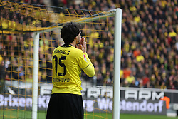 15.03.2014, Signal Iduna Park, Dortmund, GER, 1. FBL, Borussia Dortmund vs Borussia Moenchengladbach, 25. Runde, im Bild Mats Hummels (Borussia Dortmund #15) entaeuscht nach seiner vergebenen Chance gegen Torwart Marc-Andre Ter Stegen (Borussia Moenchengladbach #1), Enttaeuschung, Pech, Trauer, negativ // during the German Bundesliga 25th round match between Borussia Dortmund and Borussia Moenchengladbach at the Signal Iduna Park in Dortmund, Germany on 2014/03/16. EXPA Pictures © 2014, PhotoCredit: EXPA/ Eibner-Pressefoto/ Schueler<br /> <br /> *****ATTENTION - OUT of GER*****
