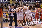 DESCRIZIONE : Beko Supercoppa 2015 Finale Grissin Bon Reggio Emilia - Olimpia EA7 Emporio Armani Milano<br /> GIOCATORE : Team Grissin Bon Reggio Emilia<br /> CATEGORIA : Ritratto Esultanza Postgame<br /> SQUADRA : Grissin Bon Reggio Emilia<br /> EVENTO : Beko Supercoppa 2015<br /> GARA : Grissin Bon Reggio Emilia - Olimpia EA7 Emporio Armani Milano<br /> DATA : 27/09/2015<br /> SPORT : Pallacanestro <br /> AUTORE : Agenzia Ciamillo-Castoria/L.Canu