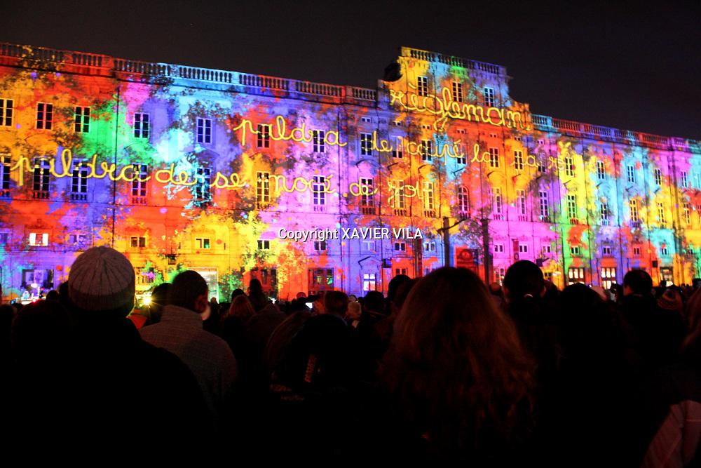 Fête des lumières devant l'hôtel de ville de Lyon