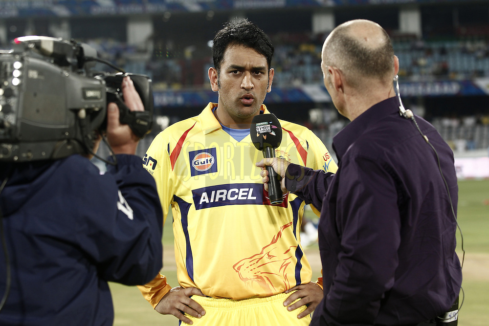 MS Dhoni captain of The Chennai Superkings  talk with Daniel Kyle Morrison during match 1 of the Oppo Champions League Twenty20 between the Kolkata Knight Riders and the Chennai Superkings held at the Rajiv Gandhi Cricket Stadium, Hyderabad, India on the 17th September 2014<br /> <br /> Photo by:  Deepak Malik / Sportzpics/ CLT20<br /> <br /> <br /> Image use is subject to the terms and conditions as laid out by the BCCI/ CLT20.  The terms and conditions can be downloaded here:<br /> <br /> http://sportzpics.photoshelter.com/gallery/CLT20-Image-Terms-and-Conditions-2014/G0000IfNJn535VPU/C0000QhhKadWcjYs
