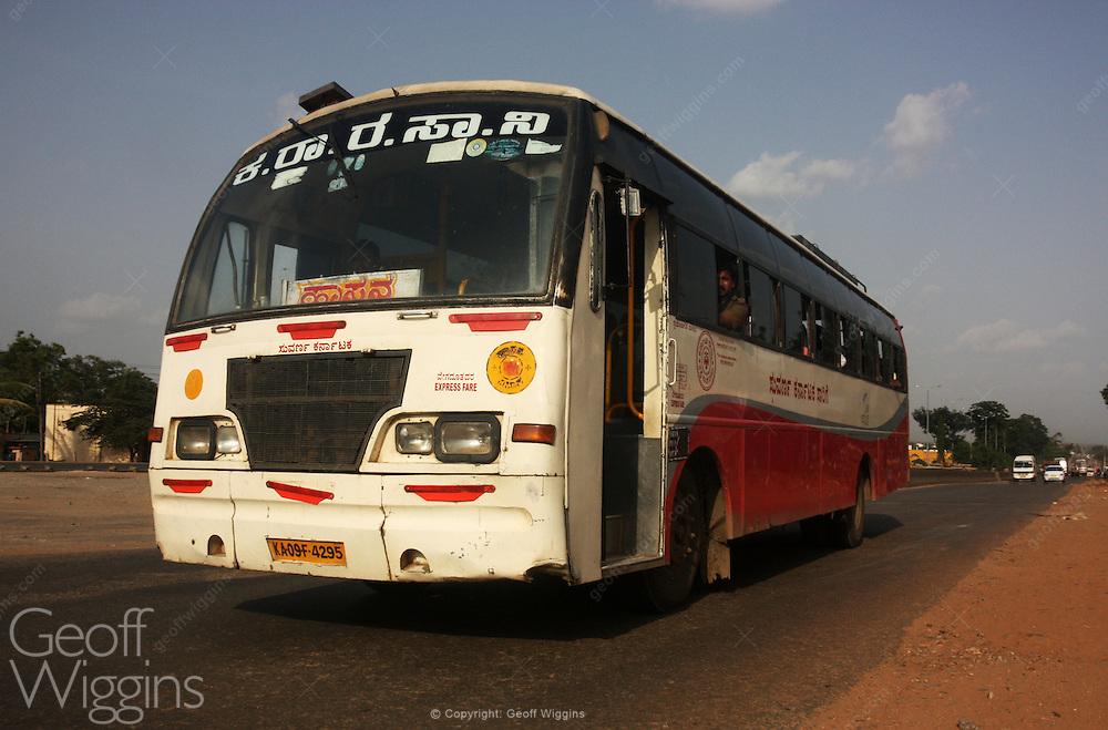 Karnataka State Transport Corporation Express bus on National Highway 4, India