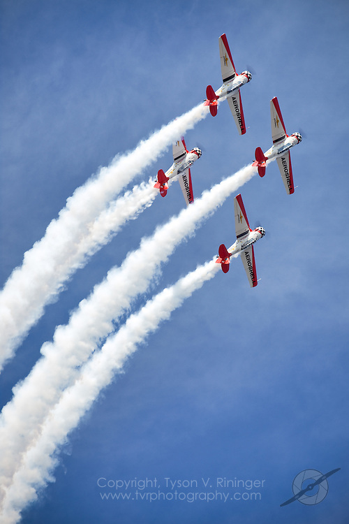 Team Aeroshel in their T-6 Texan aircraft