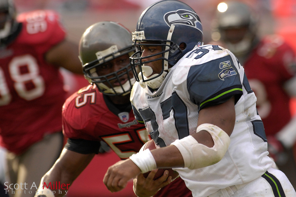 Dec. 31, 2006; Tampa, FL, USA; Seattle Seahawks running back (37) Shaun Alexander during the Seahawks game against the Tampa Bay Buccaneers at Raymond James Stadium. ...©2006 Scott A. Miller