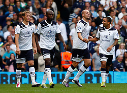 18.09.2010, White Hart Lane, London, ENG, PL, Tottenham Hotspur vs Wolverhampton Wanderers, im Bild Tottenham's Alan Hutton celebrates his goal. EXPA Pictures © 2010, PhotoCredit: EXPA/ IPS/ Kieran Galvin +++++ ATTENTION - OUT OF ENGLAND/UK +++++ / SPORTIDA PHOTO AGENCY
