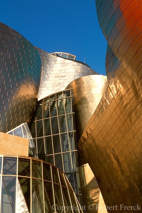 SPAIN, NORTH COAST, BILBOA Guggenheim Museum exterior