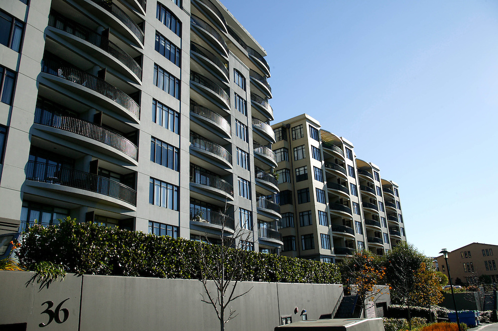 High rise apartments on former railway land at Newmarket, Auckland, New Zealand, June 28, 2006. Credit:SNPA / Rob Tucker