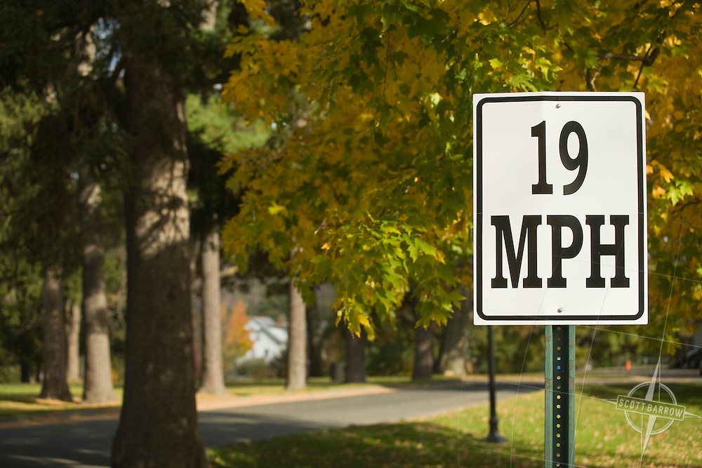 19 Nineteen mph sign at Williams College