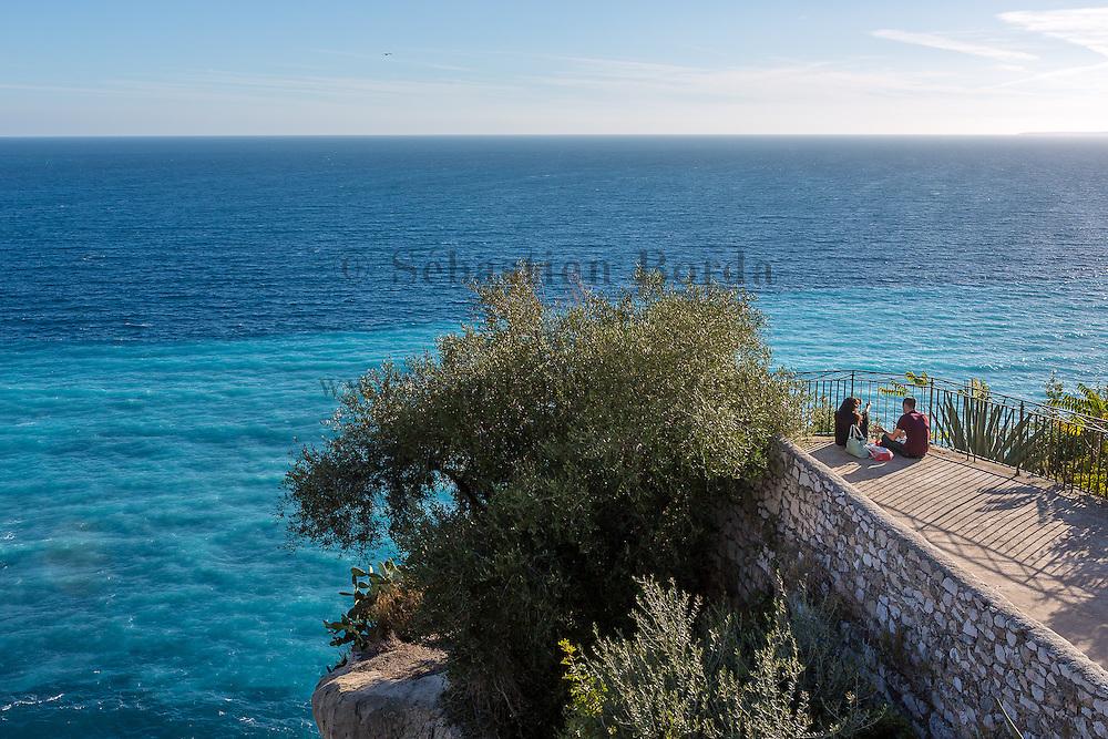 Vue sur la mer depuis la colline du château // View of sea from Colline du château area