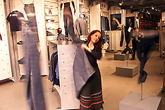 FEB 22 2000 LEVI'S FLAGSHIP STORE ON REGENT ST