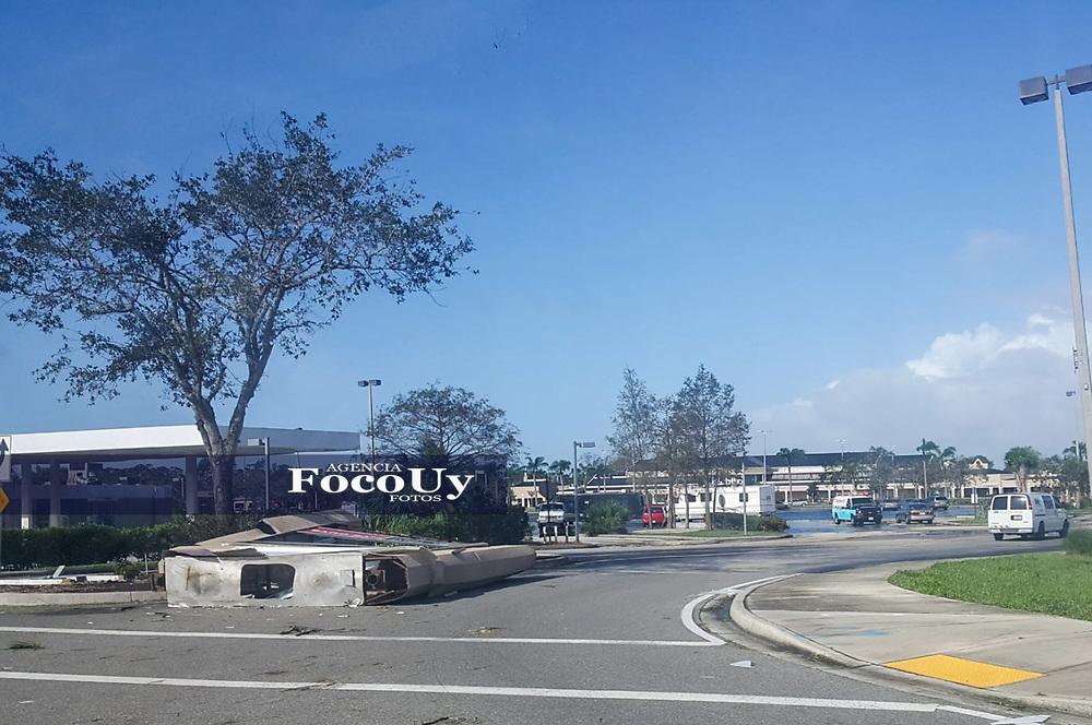 Naples, Florida, EEUU, 13 de Setiembre de 2017<br /> A 48hr del pasaje del Hurac&aacute;n Irma por Florida, hay zonas donde el agua no ha bajado, siguen sin agua, no hay confecci&oacute;n y la energ&iacute;a el&eacute;ctrica se preven no antes de los pr&oacute;ximos 10 d&iacute;as.<br /> <br /> <br /> Foto:  Ernesto Bianco  / FocoUy