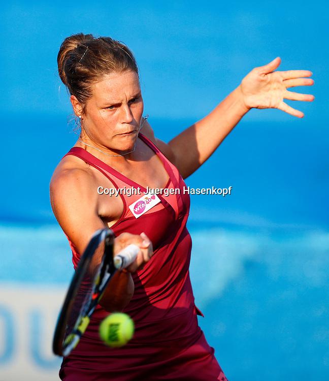 Nuernberger Versicherungscup 2013,WTA Tennis Tournament, Karen Knapp (ITA),Aktion,<br /> Einzelbild,Halbkoerper,Hochformat,