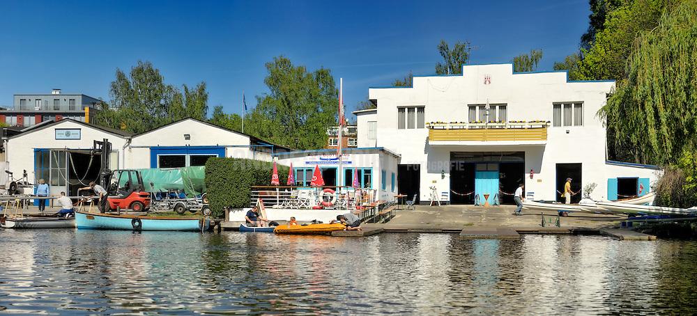 Kanuverleih von Kübis Bootshaus am Goldbekkanal