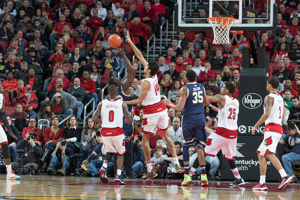 Louisville forward Anas Mahmoud. <br /> <br /> The University of Louisville hosted the Notre Dame, Wednesday, March 04, 2015 at Yum Center in Louisville. <br /> <br /> Photo by Jonathan Palmer