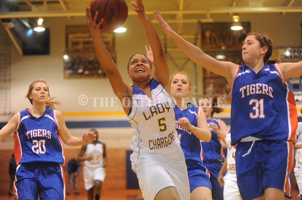 Oxford High vs. Saltillo girls basketball at Oxford High School in Oxford, Miss. on Friday, January 15, 2010.