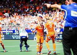 DEN HAAG - tijdens de halve finale van het WK hockey tussen Nederland en Engeland in het Kyocera stadion in Den Haag. COPYRIGHT GEMEENTE DEN HAAG VALERIE KUYPERS