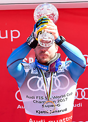 16.03.2017, Aspen, USA, FIS Weltcup Ski Alpin, Finale 2017, SuperG, Herren, Siegerehrung, im Bild Kjetil Jansrud (NOR, Gewinner des Super G Weltcups) // winner of the Super G Overal Kjetil Jansrud of Norway during the winner award ceremony for the men's Super-G of 2017 FIS ski alpine world cup finals. Aspen, United Staates on 2017/03/16. EXPA Pictures © 2017, PhotoCredit: EXPA/ Erich Spiess