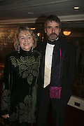 Sinead Cusack and jeremy Irons, Laurence Olivier Awards 2007. Grosvenor House Hotel. London. 8 February 2007.  -DO NOT ARCHIVE-© Copyright Photograph by Dafydd Jones. 248 Clapham Rd. London SW9 0PZ. Tel 0207 820 0771. www.dafjones.com.