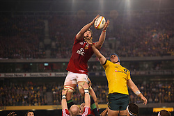 © Licensed to London News Pictures. 29/6/2013. Geoff Parling wins the ball in a line out during the British & Irish Lions 2nd test between Qantas Wallabies Vs British & Irish Lions at Etihad Stadium, Melbourne, Australia. Photo credit : Asanka Brendon Ratnayake/LNP