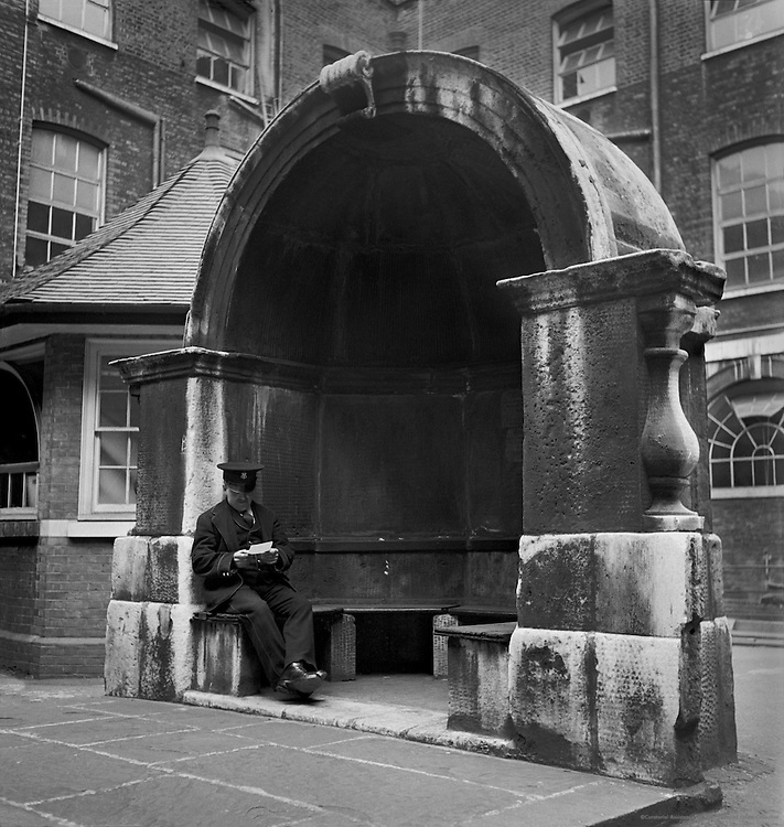 Alcove in Guy's Hospital courtyard Used to Stand on Freedom Bridge, London, 1934