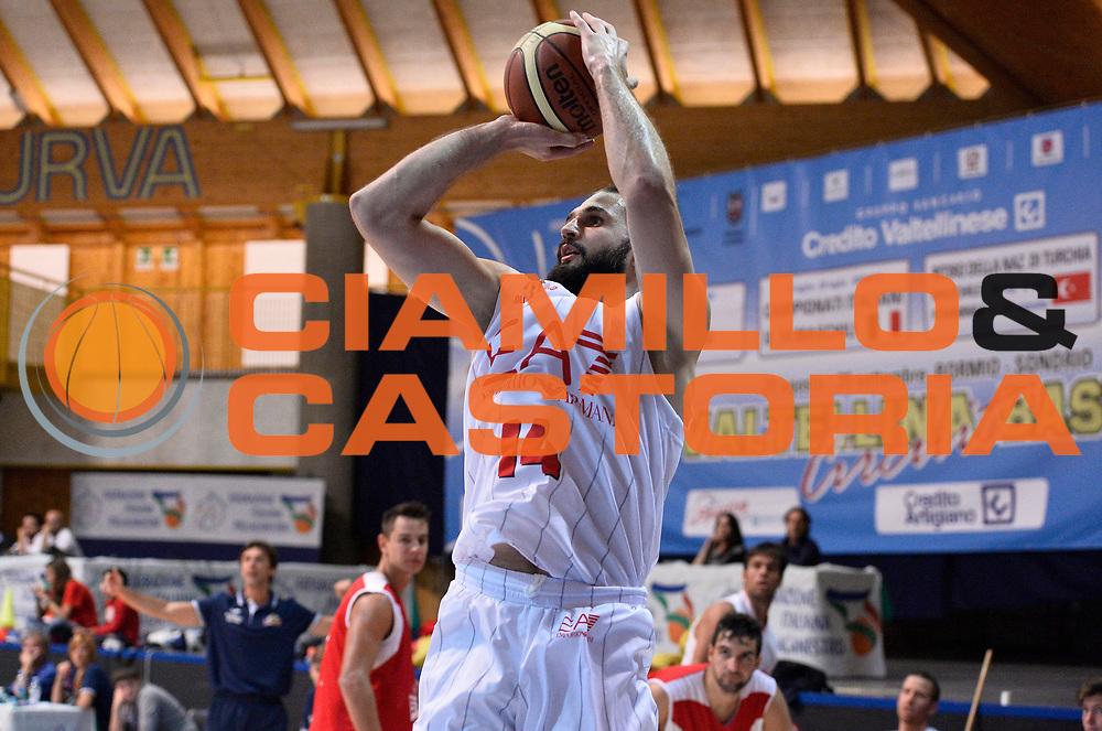 DESCRIZIONE : Bormio Lega A 2014-15 amichevole Ea7 Olimpia Milano - Stings Mantova<br /> GIOCATORE : Linas Kleiza<br /> CATEGORIA : tiro<br /> SQUADRA : Ea7 Olimpia Milano<br /> EVENTO : Valtellina Basket Circuit 2014<br /> GARA : Ea7 Olimpia Milano - Stings Mantova<br /> DATA : 04/09/2014<br /> SPORT : Pallacanestro <br /> AUTORE : Agenzia Ciamillo-Castoria/R.Morgano<br /> Galleria : Lega Basket A 2014-2015  <br /> Fotonotizia : Bormio Lega A 2014-15 amichevole Ea7 Olimpia Milano - Stings Mantova<br /> Predefinita :