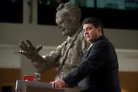 26 NOV 2009, BERLIN/GERMANY:<br /> Sigmar Gabriel, SPD Parteivorsitzender, haelt eine REde, Verleihung Regine-Hildebrandt-Preis 2009, Willy-Brandt-Haus<br /> IMAGE: 20091126-01-058<br /> KEYWORDS: speech