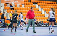 ROTTERDAM -  aa. coach SCHC, dames Amsterdam-SCHC.   ,hoofdklasse competitie  zaalhockey.   COPYRIGHT  KOEN SUYK