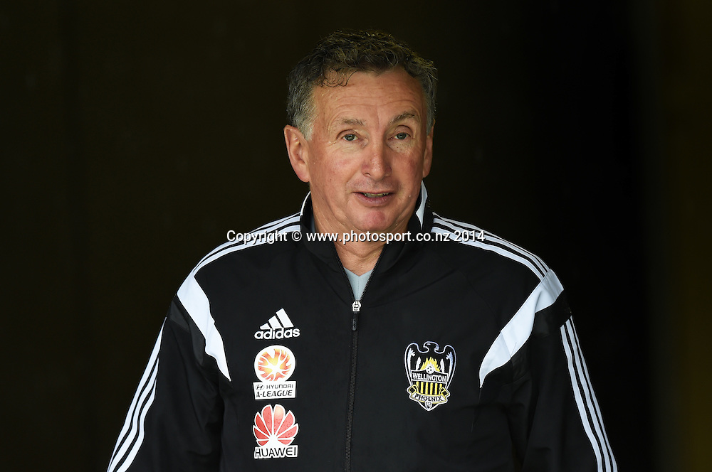 Ernie Merrick. A-League Football. Wellington Phoenix training session at Eden Park, Friday 12 December 2014. Photo: Andrew Cornaga/photosport.co.nz