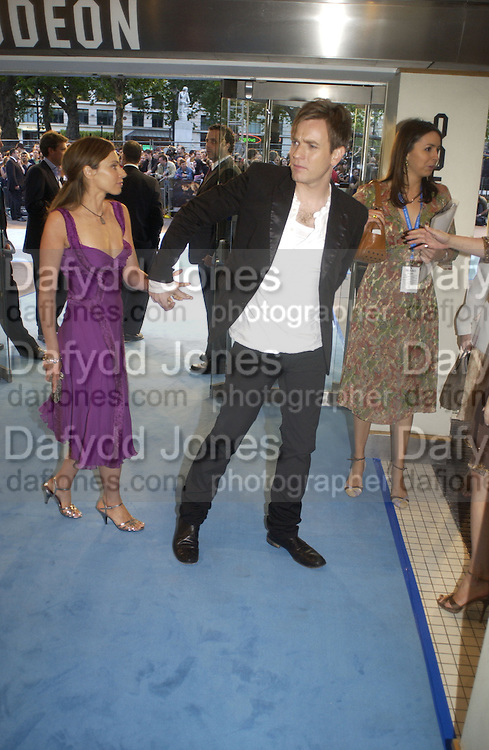"Ewan  and Eve McGregor. The UK Premiere of ""The Island"" at the Odeon Leicester Square, London. 7 August 2005. , ONE TIME USE ONLY - DO NOT ARCHIVE  © Copyright Photograph by Dafydd Jones 66 Stockwell Park Rd. London SW9 0DA Tel 020 7733 0108 www.dafjones.com"