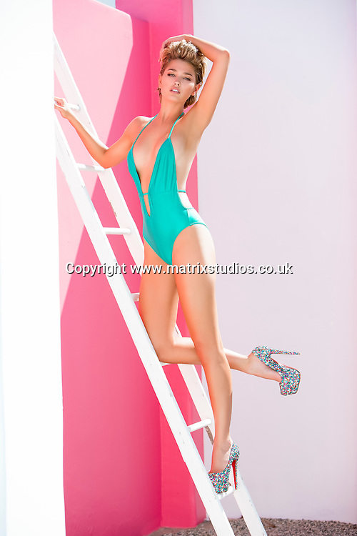 EXCLUSIVE PICTURE: MATRIXSTUDIOS.CO.UK<br /> PLEASE CREDIT ON ALL USES<br /> <br /> WORLD RIGHTS<br /> <br /> <br /> ***FEES TO BE AGREED BEFORE USE***<br /> <br /> Heather DePriest bikini shoot<br /> <br /> REF: MBO 151775