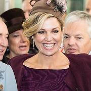 NLD/Huizen/20161130 - Staatsbezoek Belgie dag 3 - Koningin Mathilde en Koningin Maxima bezoeken Utrecht CS,